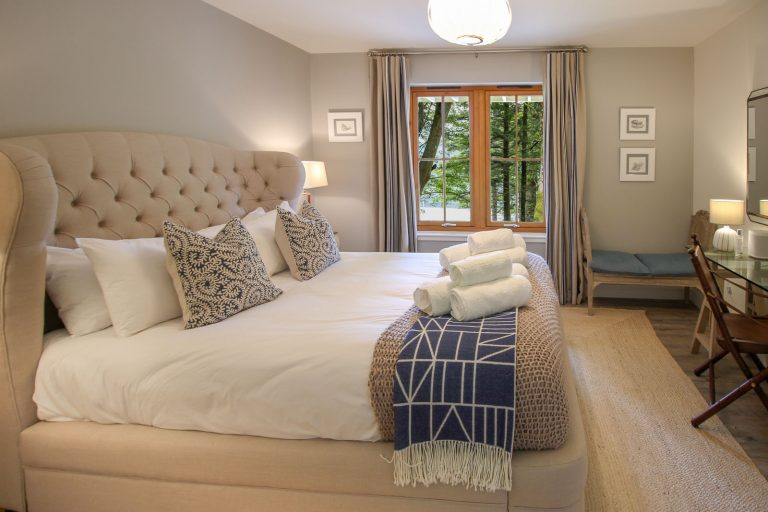 The Double bedroom with King Size bed.
